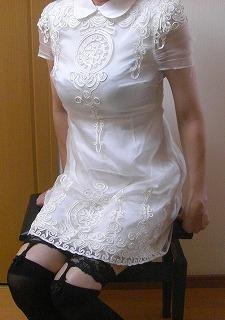 白ワンピース