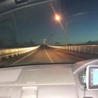 夜の来間大橋