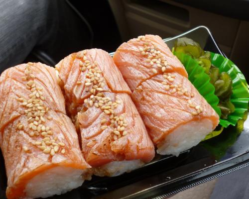 140302炙りサーモン寿司