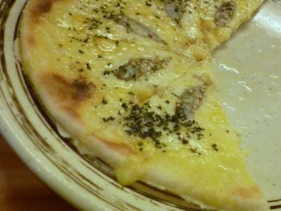 140418すくがらすのピザ