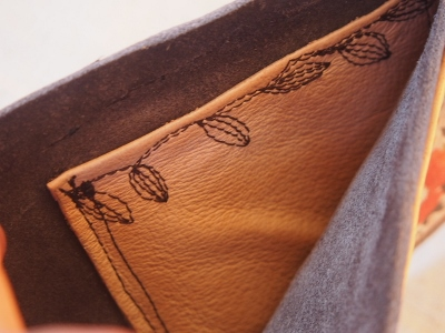 折り畳み財布①うろこ 2014S (6) (400x300)
