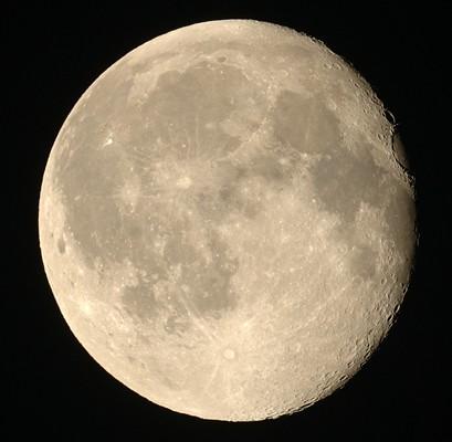 十七夜 立待月