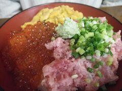 [写真]富浦・福喜庵の三色丼