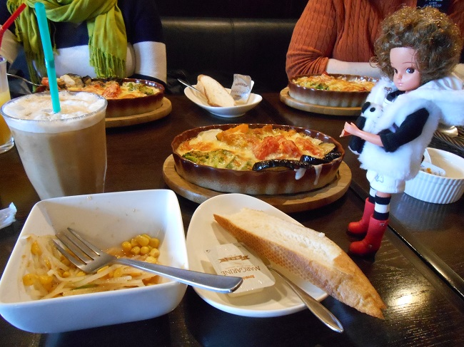 1 my birthday lunch with Mika