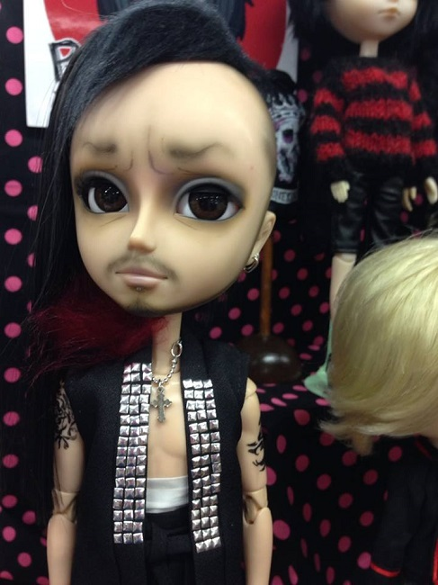 13 doll show
