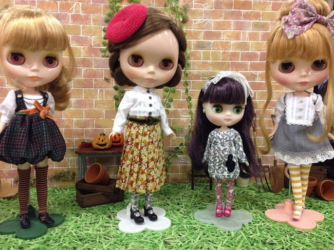 17 doll show