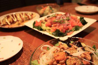 居酒屋ごはんカツオの韓国風サラダ2