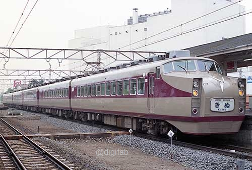 東武鉄道モハ1720形『きぬ』-[9005062]_GF