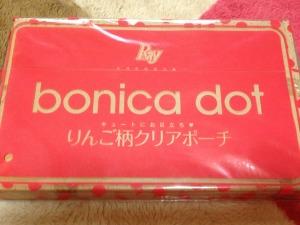 ブランド「bonica dot」りんご柄クリアポーチ