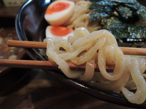 特製つけ麺(500g)の麺