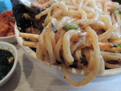 台湾まぜそば(食券13枚)の麺