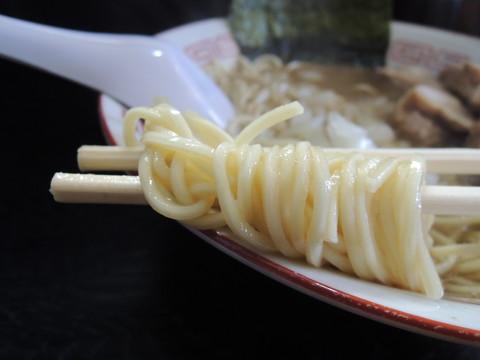 微乳化中華ソバの麺