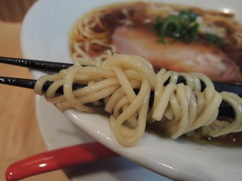 醤油そばの麺