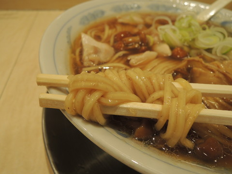 稲庭中華そば(醤油)の麺