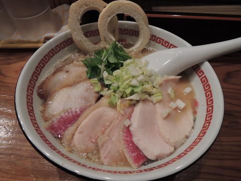 白みそらーめん肉増し(900円)