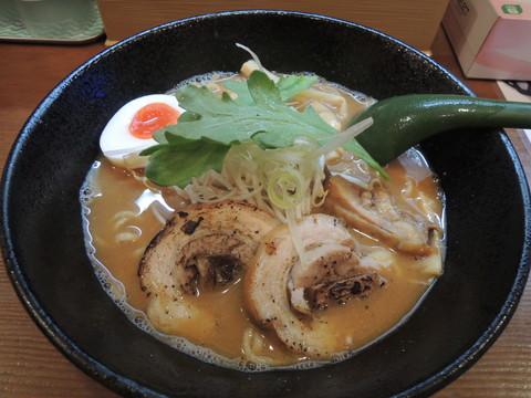 味噌そば(800円)