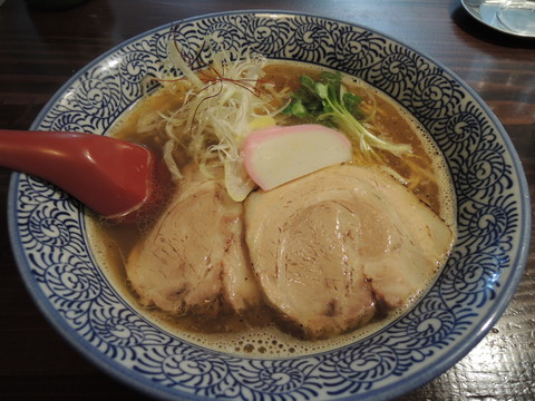 魚ダシそば(700円)