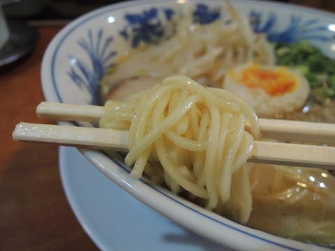 昊らーめんの麺