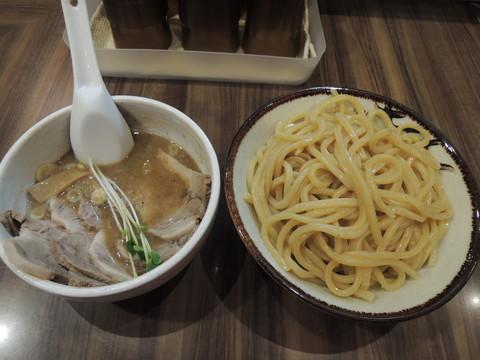 肉つけめん(中盛)(980円)