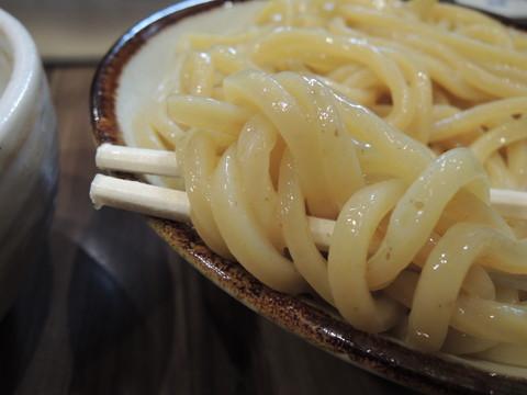 肉つけめん(中盛)の麺