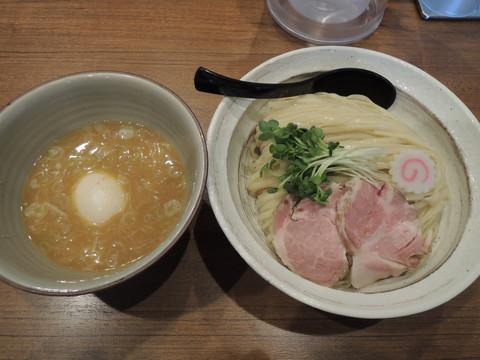 鶏つけ麺(特盛)(1050円)