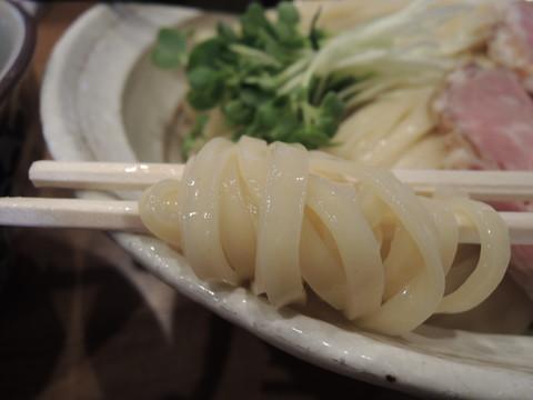 鶏つけ麺(特盛)の麺