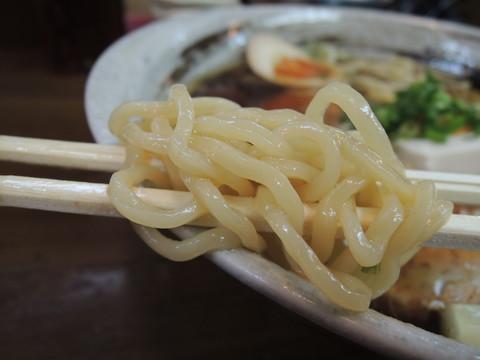 冷やしポン酢らぁめんの麺