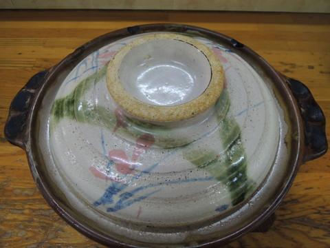 なべ焼ラーメン 普(鍋に蓋をした状態で提供)