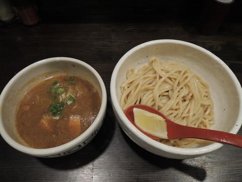 つけ麺(220g)(750円)
