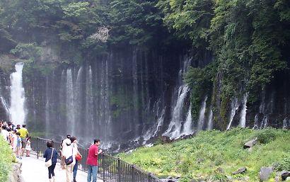 新装夏の白糸の滝-2