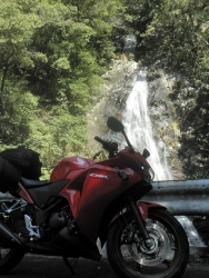 八瀬尾の滝0311_2