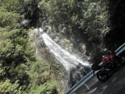 八瀬尾の滝0311_3