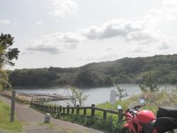 さつま湖0405CBR250R_1