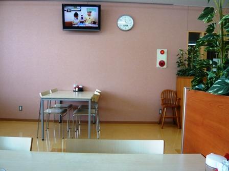 ナカモリ臨港病院店:店内2