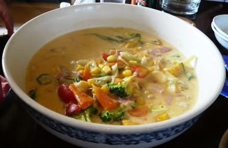 みつ亭:コーンクリームのスープスパ1