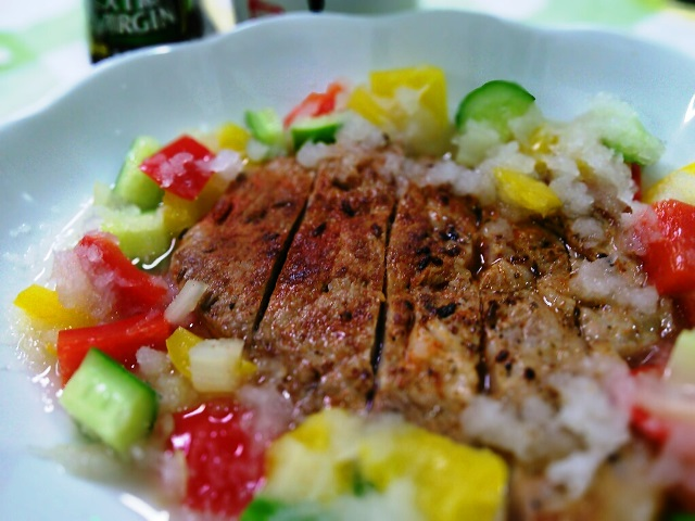 1カラフルみどれ野菜とスパイシートンテキ1