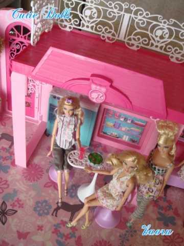 m barbie glam vacation house 2013-5