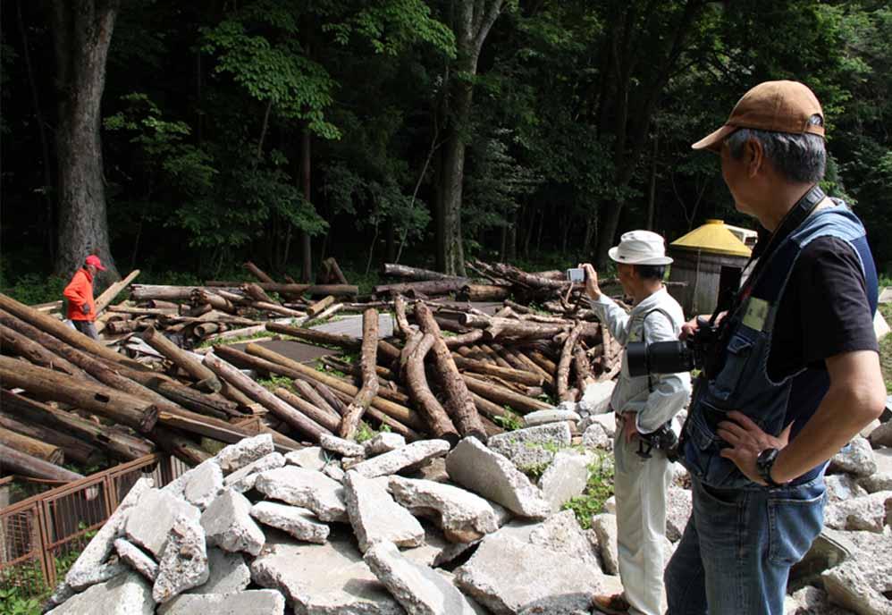 瓦礫訓練施設の中で(2)