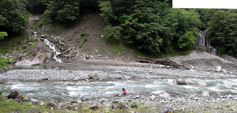 清流の三峰川