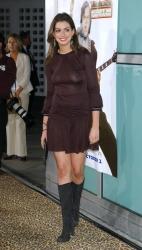 Anne-Hathaway-ctru2 (2)