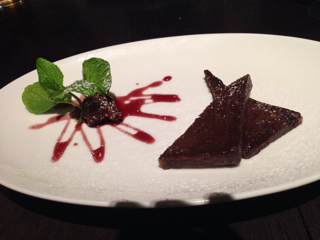 チョコレートテリーヌとイチジク煮