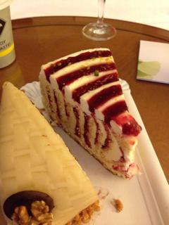 テイクアウトのケーキ