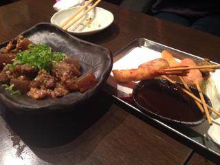 牛すじどて煮と串カツ盛り合わせ