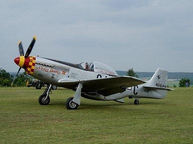 P-51ムスタング発信(Ferte Alaisエアショーにて)downsize