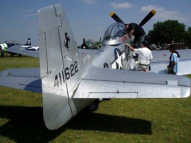 後ろ姿もシャープなP-51 downsize