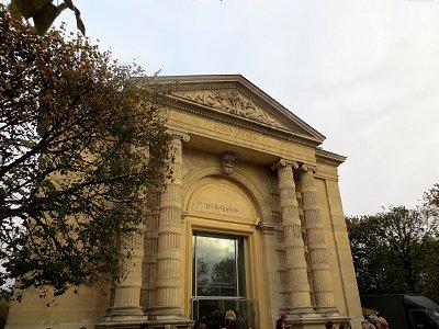オランジュリー美術館の入口REVdownsize