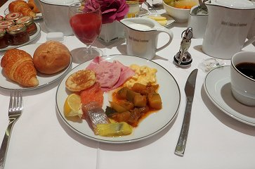 A-0 ホテルの朝食REVdownsize