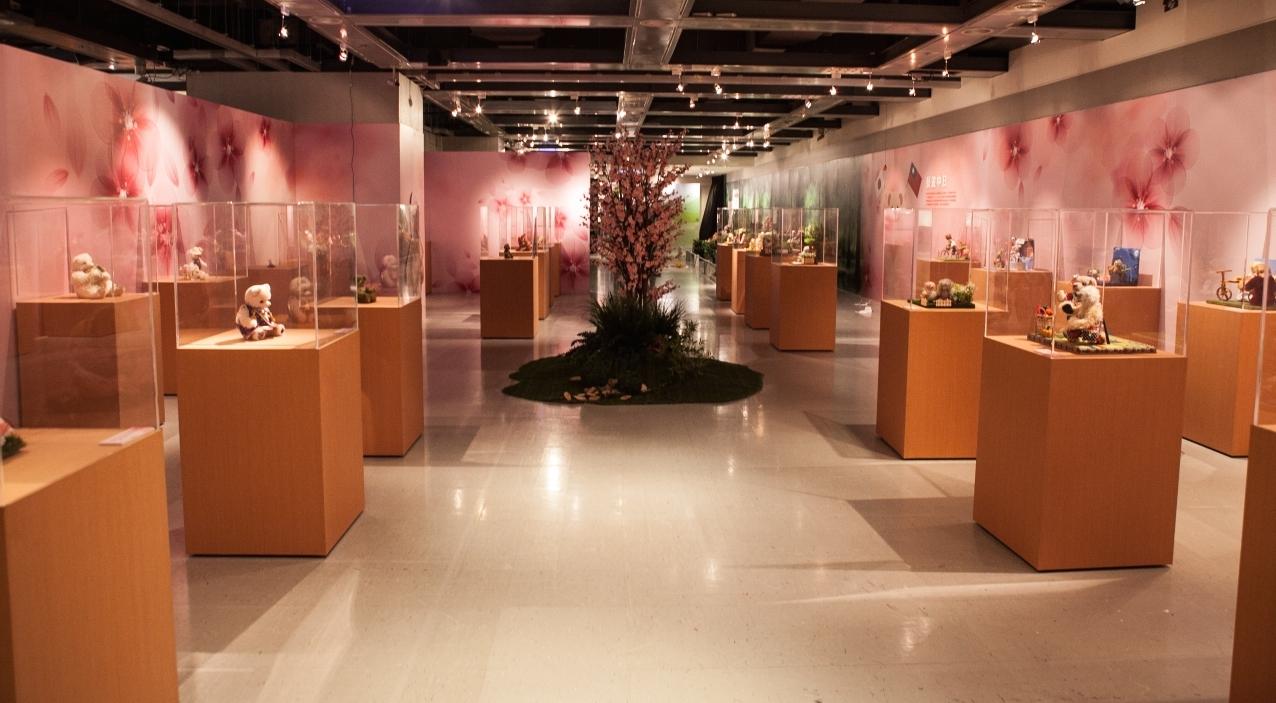 3台湾台中三越デパート展示風景
