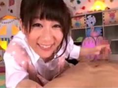 保母さんの愛情いっぱい手コキフェラ!篠宮ゆり