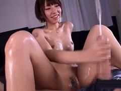 【乙葉ななせ】激カワ痴女に何度も連続射精させられる超早漏M男!!